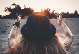 Hoger-zon-vooruit-Pixabay-lighstargod